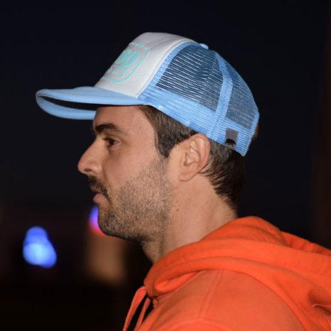Gorra trucker de El Oso color azul claro