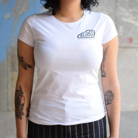 Camiseta cuartel general Eloso para chica cerca